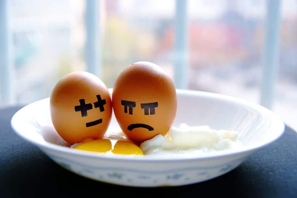 Eggs representing bipolar disorder